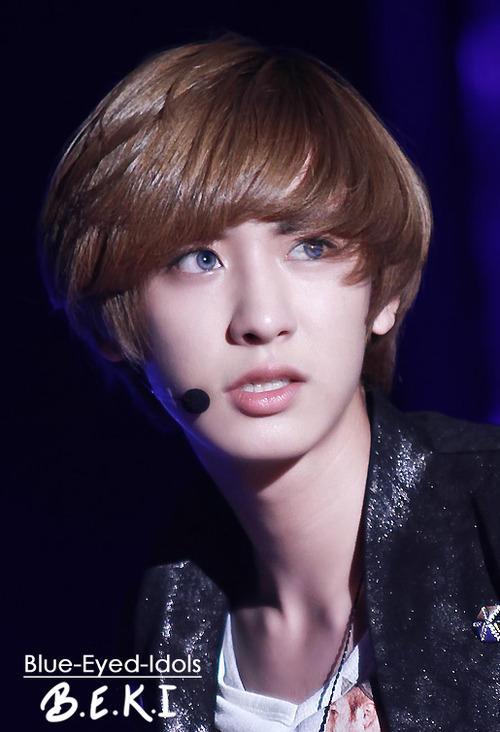 Chanyeol's Doe Eyes